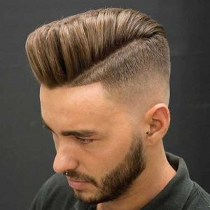 Corte de cabello pompadour hombre