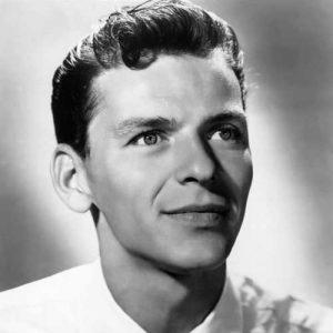 Frank Sinatra Con Pelo Corto Y Top Texturizado