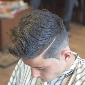 Peinado Ondulado Con Raya
