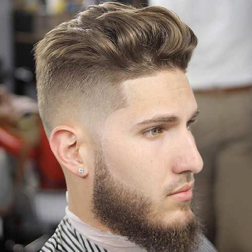 Pelo de Longitud Mediana Arriba Con Barba