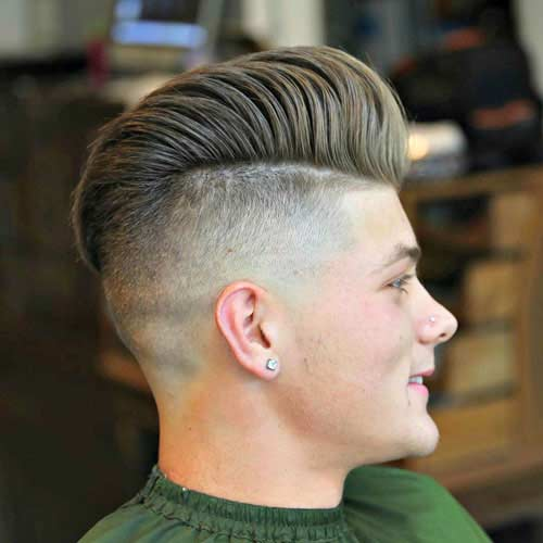 Puntada con peinado en Pompadour
