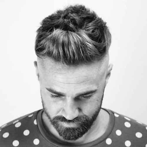 Copete-frontal-con-degradado-y-barba