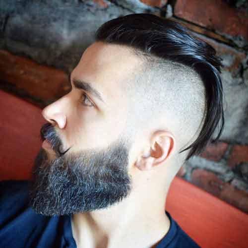 Undercut-largo-hacia-atras-con-bigote-y-barba