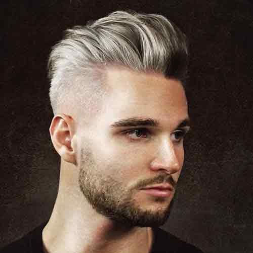 cabello-plateado-con-pompadour-degradado-y-barba