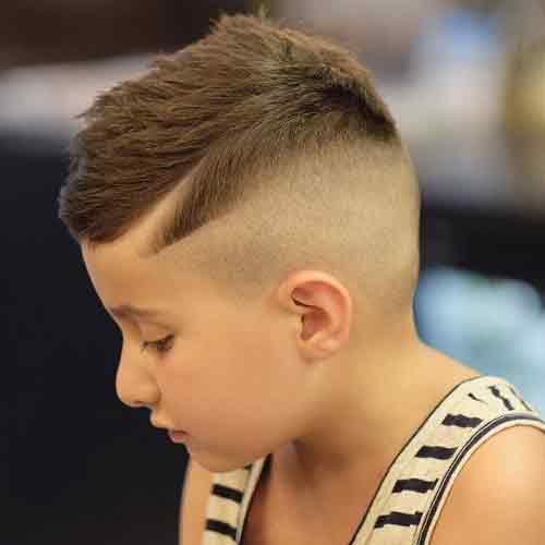 comb-over-con-laterales-afeitados
