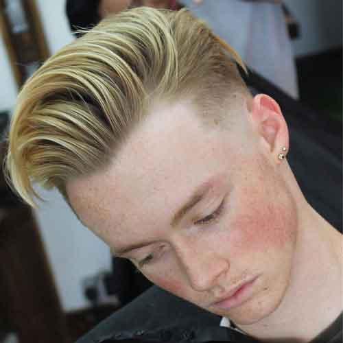 peinado de cabello grueso y rizado en la parte superior