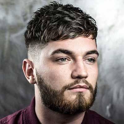 flequillo undercut con barba