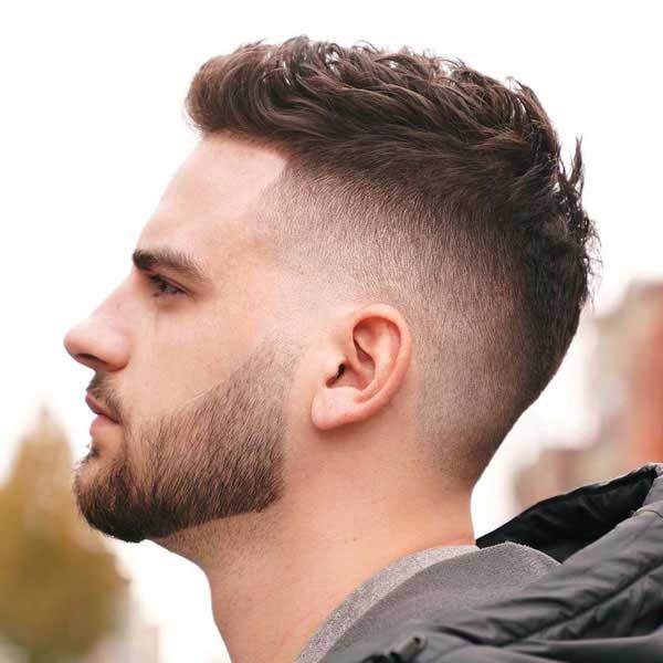 Corte de pelo corto con estilo