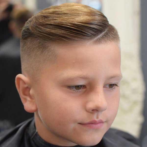 bien peinado con degradado para niños