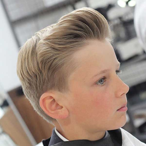 corte de cabello pompadour y quiff para niños